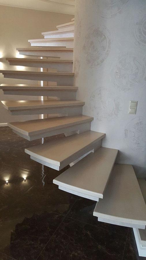 Лестница из бетона