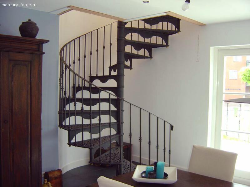 "Чугунная лестница, модель ""Гамбург"", диаметр 210 см"
