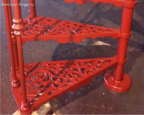 """Чугунная лестница, модель """"Париж"""", диаметр 105 см"""