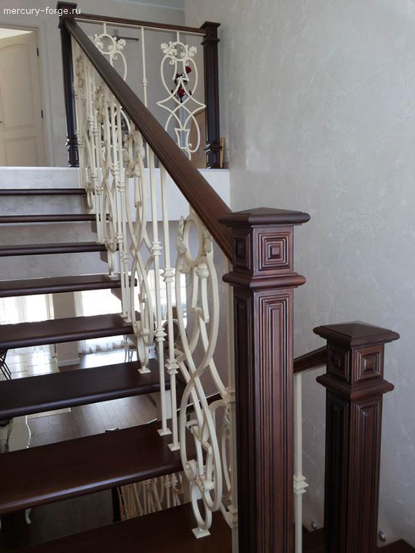 Лестница на косоуре